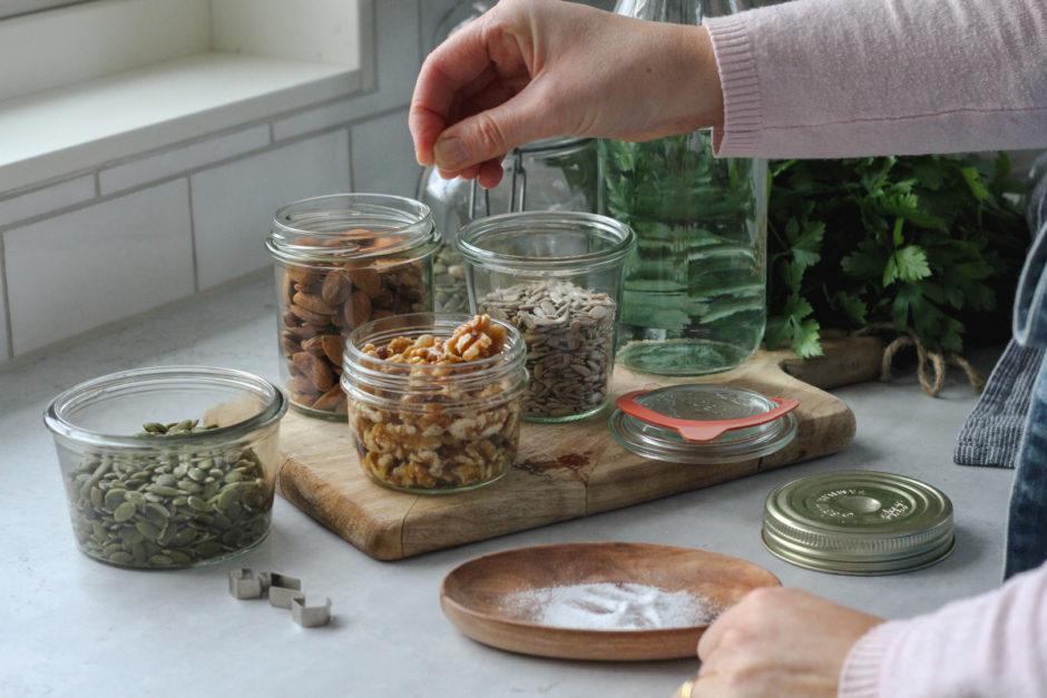 blötlägga nötter frö aktivera