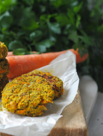 kikärtsbiffar vitlök persilja curry
