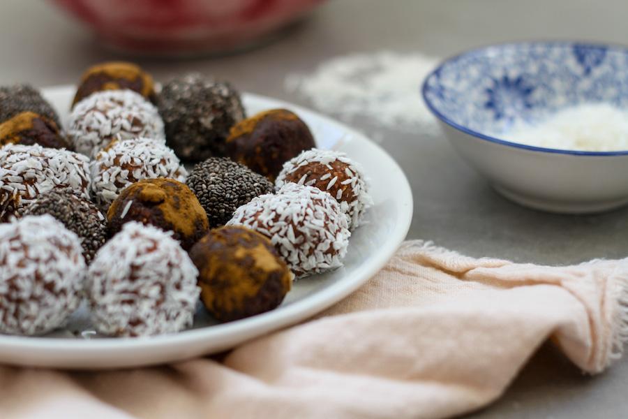 Nyttiga chokladbollar med kikärtor
