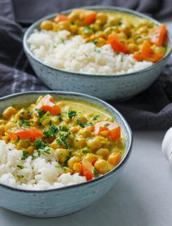 Vegansk currygryta med kikärtor